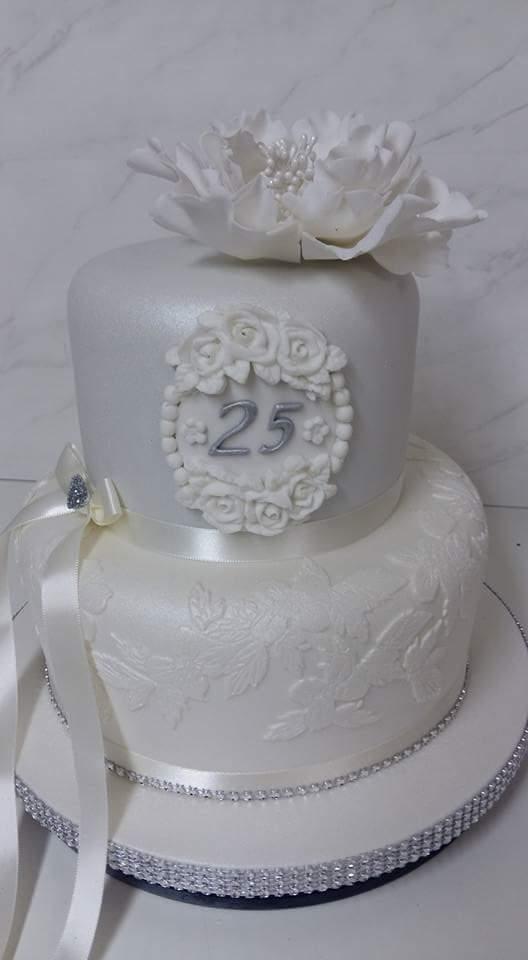 Wedding Cakes South Wales Wedding Cake Designer Bridgend